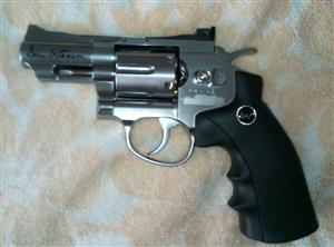 Air powered chrome revolver, only fired with one cylinder - still brand new