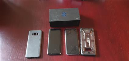 2 x Samsung S8