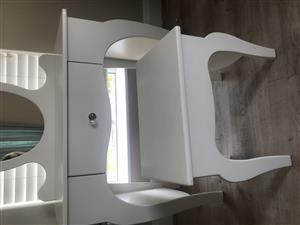 Treehouse kids dressing table for sale