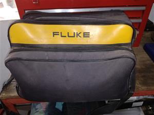 Fluke 345 PQ Clamp Meter