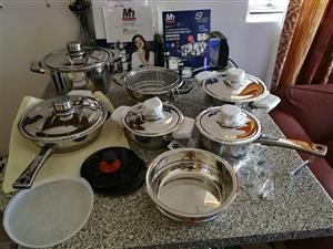Pots & cutlery set