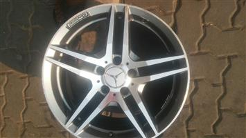 Mercedes benz AMG single mag 17 inch