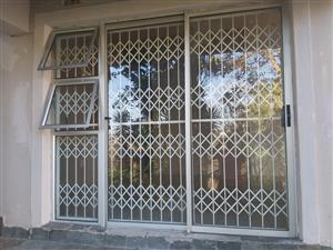 Spacious Granny Cottage to rent in Seaview R5999pm