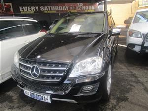 2010 Mercedes Benz ML 500