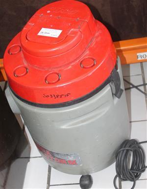 S033851F Electrolux vacuum cleaner #Rosettenvillepawnshop