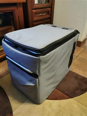40L Engel fridge / freezer 12v/220v with canvas cover for sale.