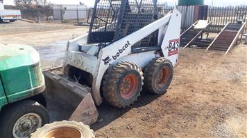 Bobcat 843 Skidsteer with bucket
