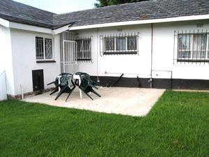 Linbro Park Sandton 1 bedroom garden flat for rent