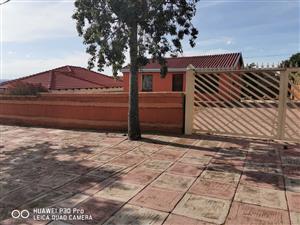 2 bedroom house to rent in block M