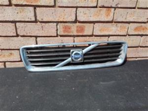 Volvo V50 Main grill