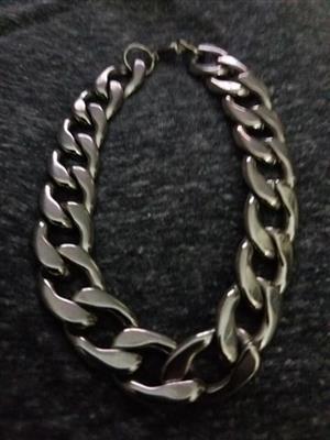 Solid stainless steel bracelet
