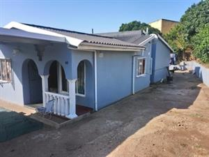 3 Bedroom Extended Simplex With Big Yard in Shastripark