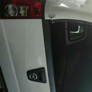 2051 Nissan NP200 1.6i (aircon)