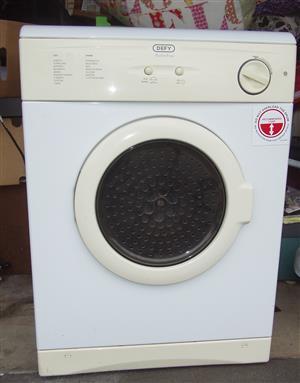 Defy 5 kg Tumble dryer - As New