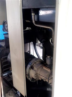 45 kW Ingersoll Rand refurbish screw compressor for sale
