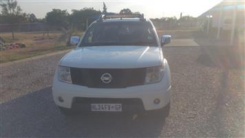 2008 Nissan Navara 2.5dCi double cab XE