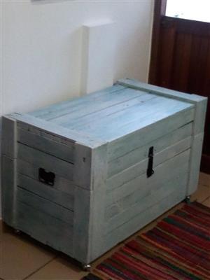 Storage Kist / Toy Box For Sale: