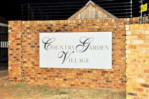FOR SALE: 2 BEDROOM TOWNHOUSE IN PIERRE VAN RYNVELD, CENTURION