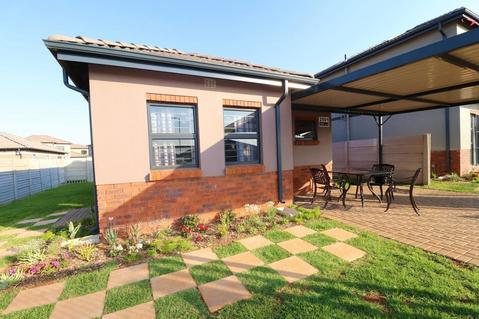 Houses for Sale in Westview Security Estate SELLING FROM R 855 960