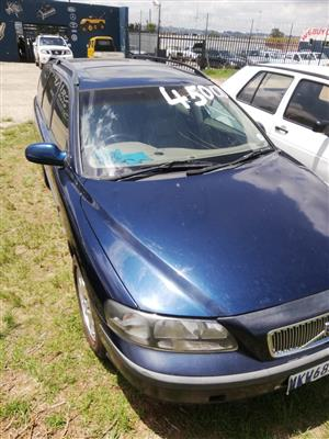 2003 Volvo V70 2.5T Geartronic