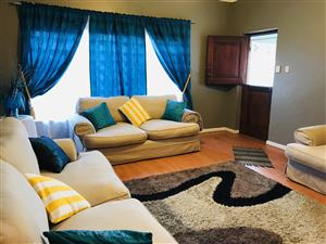 Neat 4 bedroom house in Parow Valley !