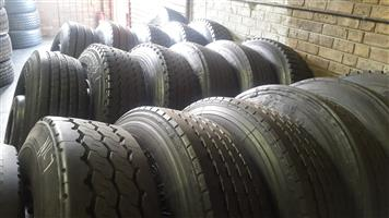11R AND 295 SECOND HAND,NEW RETREADED AND BRANDNEW TYRES,GUARANTEED,GOOD DISCOPUNTS OFFERED