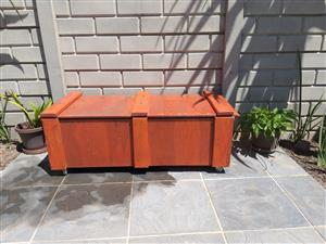 Coolerbox/bench