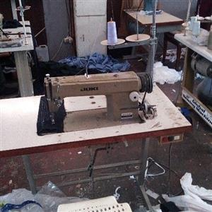juki clothing sewing machine for sale R3000-00