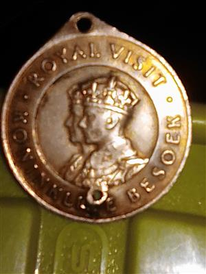Royal visit 9carat gold coin. Union of South Africa 1947