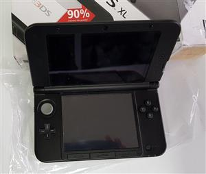 In Great Condition Black Nintendo 3DS XL with Original 9 Games, Pouch, Stylus & Charger...