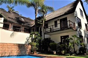 To Let: 5 Bedroom House in Waterkloof Ridge.