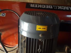 Black and Decker  210 litre 380 volt compressor