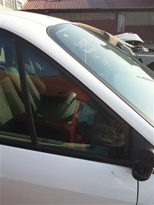 Renault Scenic RHS Front Door Small Window