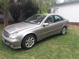 2005 Mercedes Benz 320CE