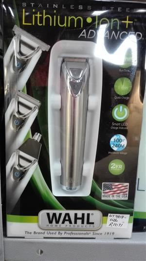 WAHL LITHIUM ION + ADVANCED GROOMING STATION - NEW