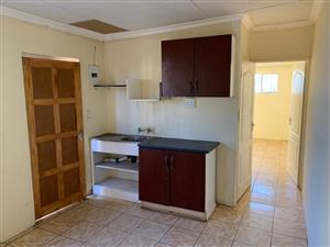 Two rooms cottage with Bath&toilel for R2200 is avail for renting at Mahube Mams.