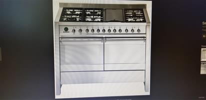 Beat Load shedding with this ultra-modern gas stove and oven for sale in Randburg