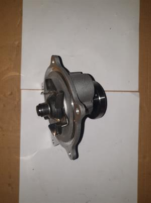 CHRYSLER WATER PUMP VOYAGER 3.0/3.3L NEW (FOR SALE)