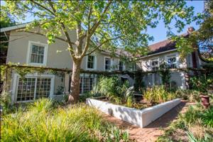 a beautifull (guest) house in somerset west
