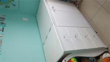 Cot and compactum for sale
