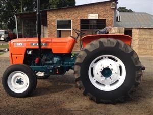 Orange Fiat 615 49kW/66Hp