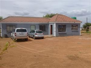 HOUSE FORSALE KGABALATSANE ITIRELENG