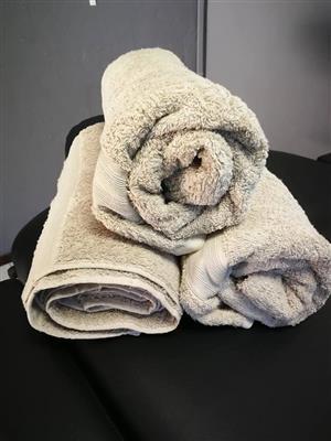 1 x 3 towels