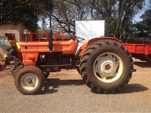 Orange Fiat 640 2x4 Pre-Owned Tractor