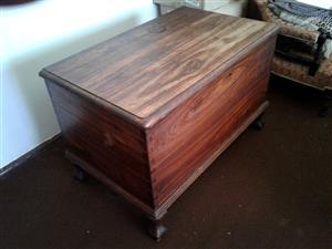 Kist, Solid Hardwood