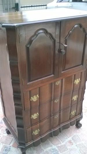Chest of Drawers with top cupboard