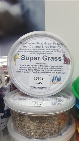 AKWA Products super grass now available at PETS4LIFE BRACKENFELL