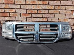 Dodge Nitro Main Grill Complete With Headlights