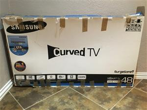 Samsung 48' curved smart TV