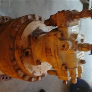 CAT main swing motor and main hydrolic pump